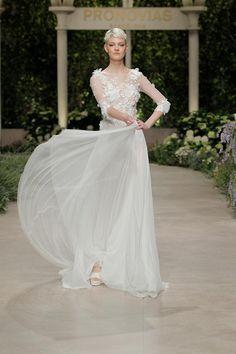 a115d26bf011 14 fantastiche immagini su Atelier Pronovias Gentile Wedding sposa e ...