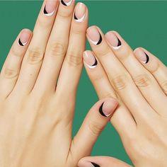 14 Minimalist Nail Art Designs that aren T Boring Minimalist Nails . Trendy Nail Art, Easy Nail Art, Cool Nail Art, Subtle Nail Art, Minimalist Nails, Summer Minimalist, Minimalist Art, Simple Nail Art Designs, Best Nail Art Designs