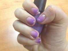 how to ombre nails. Voor het eerst lijkt het me wel te doen met deze tips...