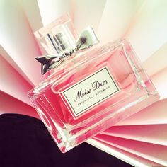 The Beauty Cove: IL PROFUMO: MISS DIOR ABSOLUTELY BLOOMING di DIOR