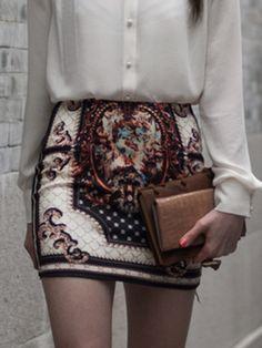 BG-impression Vintage Embroidery Short Skirt