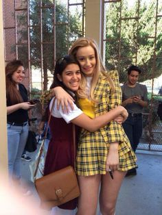 Iggy Azalea 'Fancy' Music video's inspired by 'Clueless' love the fabric of this yellow outfit! Fancy Iggy, Iggy Azalea Fancy, Clueless Halloween Costume, Cute Costumes, Costume Ideas, Curvy Celebrities, Celebs, Mean Girls Halloween, Halloween 2019