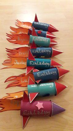 Gebastelt – Rakteneinladung Rocket Invitation This is really a nice idea for the kids birthday.