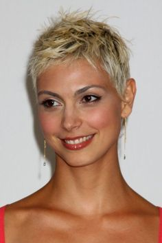 20 Short Pixie Haircuts – Femininity And Practicality