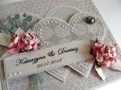 Kartka i pudełko na prezent wykonany z nowej kolekcji Crafthouse Love Songs.        Pozdrawiam i dziękuję za miłe słowa :)