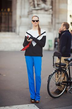 electric blue via StockholmStreetStyle