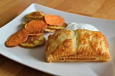 Losos s česnekem v listovém těstě Salmon, Pancakes, French Toast, Garlic, Breakfast, Morning Coffee, Recipes, Pancake
