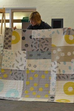 Melbourne Modern Quilt Guild: nice modern quilt in gray and citron