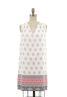 The perfect summer day dress! So light and comfy! #dresses #fashion #boho #bohemian   www.indigobleufashion.com