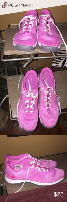 Nike Lunarlon Shoes A pair of pink trim in white shoes in nicely used condition. Nike Shoes Athletic Shoes