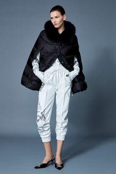A(z) Ruhák,trendek,divat nevű tábla 3240 legjobb képe ekkor