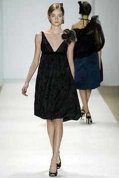 model: lindsay ellingson, designer: monique lhuillier