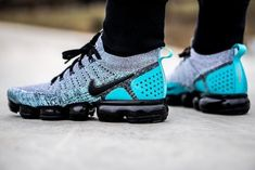 d9c8ad370371 Nike Air VaporMax FLYKNIT 2 Dusty Cactus Hyper Jade 942842-104 Size 10.5