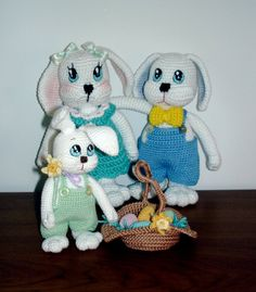 mama, papa and their son Bunnies Free Crochet Amigurumi Pattern