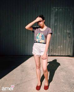 Uma música boa para um dia de sol ☀️ #lojaamei #verao #tshirt #chicorei #short #jeans #alpargata
