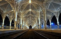 PORTUGAL, RAILROAD STATION, LISBON