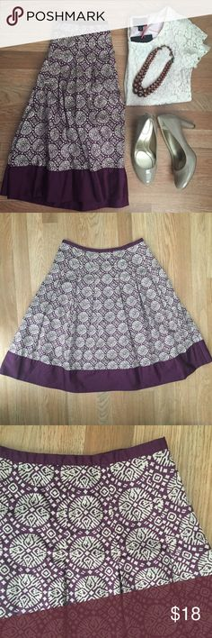 Talbots a-line skirt sz 6. Box pleats. Full & fun! Talbots a-line skirt. Size: 6. Waist (flat, across): 14.5 inches. Length: 25 inches. Hips: free. Box pleats. Purple & tan print. Cotton. Side zipper closure. Perfect for summer. Pairs great with heels or a jean jacket. Great preowned condition. Talbots Skirts A-Line or Full
