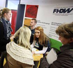 Die Fachhochschule der Wirtschaft (FHDW) in Mettmann informierte an ihrem Studien- und Karrieretag über die vielfältigen Möglichkeiten eines dualen Studiums.