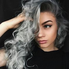 Silver baby @imbribtw with @schwarzkopfusa silver/whites Silver & Dove Grey & @brazilianbondbuilder #b3. Hoping to make my way to Orlando to work with this girl again! #BESCENE