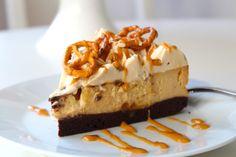 Cheesecake på kladdkakabotten