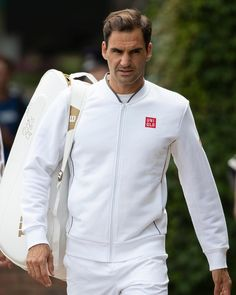 "Roger Federer on Instagram: ""Last prep day before it all starts 🌱💜 📸Peter Klaunzer"" Roger Federrer, Federer Wimbledon, Jimmy Connors, Tennis Pictures, Kyle Walker, Tennis Legends, Tennis World, Sports Personality, Cricket Sport"