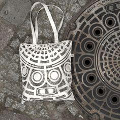 Raubdruckerin: printed textiles from manhole covers etc.