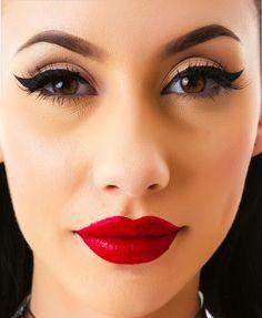 Close up of Natasha Lillipore's makeup. (modeling for dollskill)