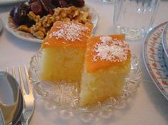 Revani- syrup cake from Berea, Greece:) Albanian Recipes, Bulgarian Recipes, Turkish Recipes, Greek Recipes, Dessert Simple, My Favorite Food, Favorite Recipes, Syrup Cake, European Dishes