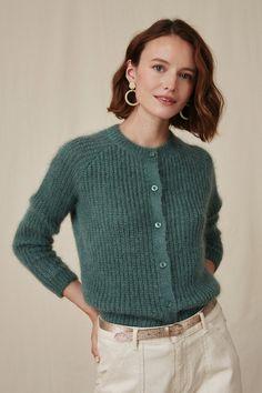 Gilet destin verveine - mohair, polyamide, wool - made Gilet Mohair, Mohair Cardigan, Fall Fashion Outfits, Knit Fashion, Autumn Fashion, Cardigan Design, Moda Casual, Mode Inspiration, Knit Patterns