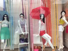 Window Display and Visual Merchandising raining sprint color for fashion