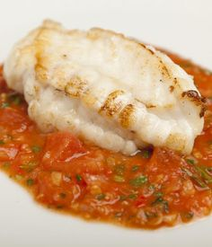 Monkfish Recipe With Tomato, Ginger & Garlic – Great British Chefs Monkfish with tomato, ginger and garlic – Shaun Hill. This is a simple seafood recipe to prepare that would be great with slices of garlic bread. Shellfish Recipes, Seafood Recipes, Cooking Recipes, Healthy Recipes, Fish Dishes, Seafood Dishes, Fish And Seafood, Seafood Platter, Monkfish Recipes