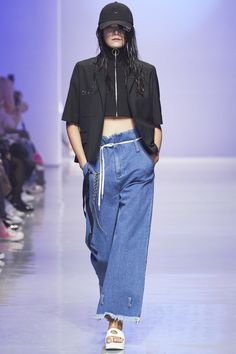 R.Shemiste Seoul Spring 2016 Collection Photos - Vogue