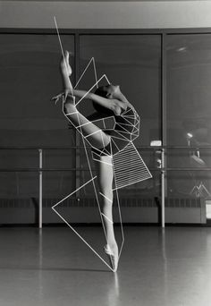 Artist unknown I like how the use of geometric shapes add to the shape of her body and gives more of a sense of movement #movement #art #photography
