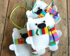 Orso polare ornamento, feltro bianco