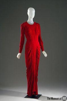Dress Charles james, 1940 The Museum at FIT Fashion Now, 1930s Fashion, Japan Fashion, Live Fashion, Fashion History, Vintage Fashion, Fashion Outfits, Edwardian Fashion, Fashion Pics