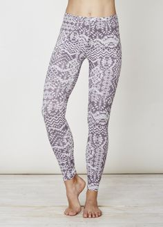 wsb2975-ziggy-bamboo-leggings-front-closea.jpg