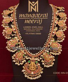 Lakshmi Gottapusalu Set my Mangatrai Jewelry Design Drawing, Gold Jewellery Design, Gold Jewelry, Bridal Jewellery, Gold Necklace, Diamond Jewelry, Fancy Jewellery, Antique Jewellery, Pearl Jewelry