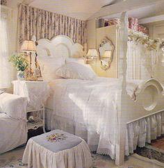 <3 shabby chic bedroom
