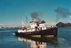 How to Convert a Tugboat to Live-aboard Part How I converted a tired US Army tugboat into a yacht/tug. Archie Bunkers Place, Shrimp Boat, Tug Boats, Speed Boats, Tall Ships, Diesel Engine, Us Army, Fishing Boats, Statue Of Liberty
