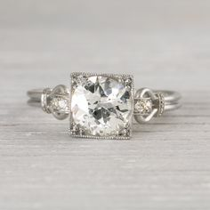 I may have already pinned this- i keep coming back to it-- so pretty & unique. Image of 1.57 Carat Vintage Art Deco Engagement Ring