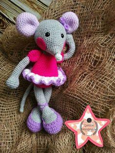 Ballerina mouse  Orginal pattern fom Lilleliis #amigurumi #crochet #crochettoys #maskotki #zabwki #szydełko #szydełkowanie #rękodzieło #diy #handmade #yarn #häkeln #ganchillo #Вязаниекрючком #wool #dziergam #amigurumilove #amigurumilicious #mouse #myszka #balet #baletnica #ballerina #hobby #myhobby #iloveit #robótki #szydełkiem