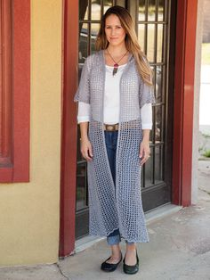 This amazing hooded duster will turn heads when you walk into any room! Includes instructions for sizes S/M, L/XL and 2XL/3XL and made using Omega Dalia 5(6, 7) in color gray.