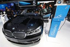 BMW gaat hard met nieuwe 5-serie