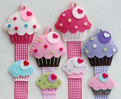 Cupcake Hair Clip Holder Set comes with Felt Cupcake Snap Clip