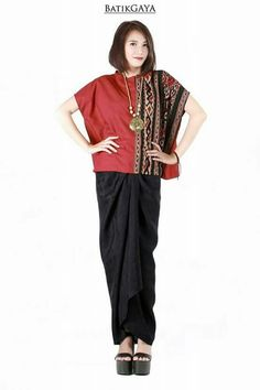 Tenun / Hand woven blouse