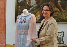 Schlossleiterin Ingrid Möbius: Das Kleid ist wieder da, die Diebe bleiben...