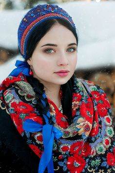 Women from Ukraine and Russia are looking for good, honest and reliable men like you! Russian Beauty, Russian Fashion, Most Beautiful Women, Beautiful People, Ukraine Girls, Russian Culture, Folk Costume, Traditional Dresses, Russian Traditional Dress