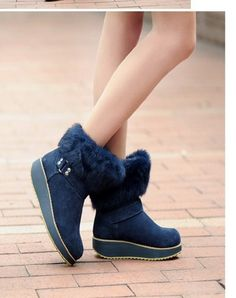 I have wanted a new ugg , time to buy myself a little gift! Ugg Winter Boots, Winter Boots Outfits, Uggs For Cheap, Ugg Boots Cheap, Snow Boots Outfit, Snow Boots Women, Sunglasses Outlet, Only Fashion, Shoes