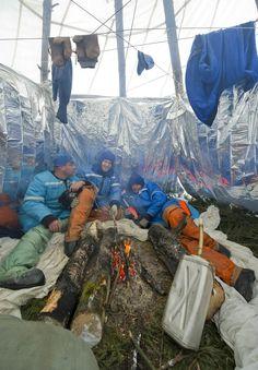 Mission to... the woods? Astronauts practice survival after a 'crash landing' (Photo: Sergei Remezov / Reuters)