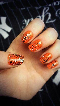 amazing halloween nail art